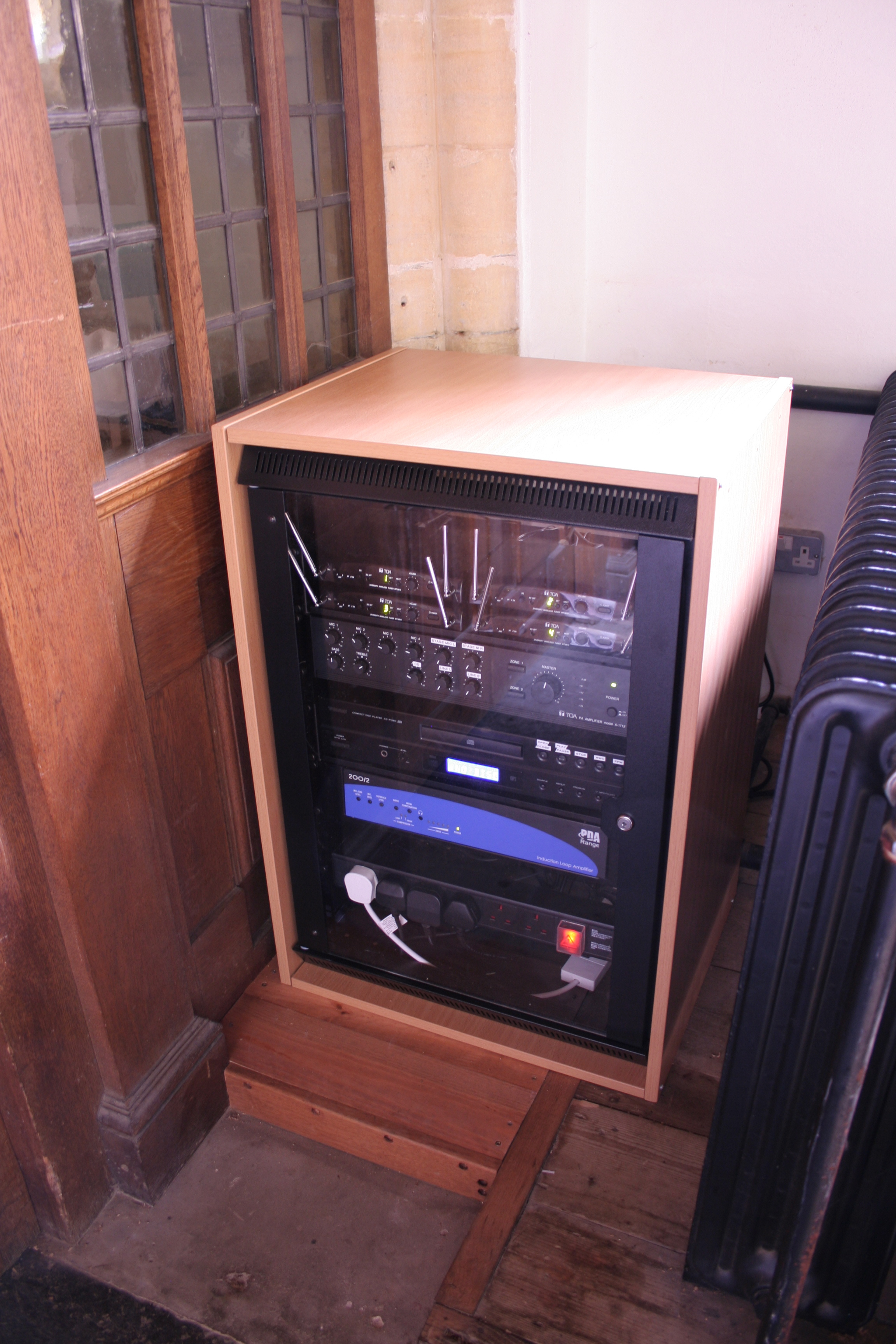 upgrading your church sound system what to consider newtech southern ltd. Black Bedroom Furniture Sets. Home Design Ideas