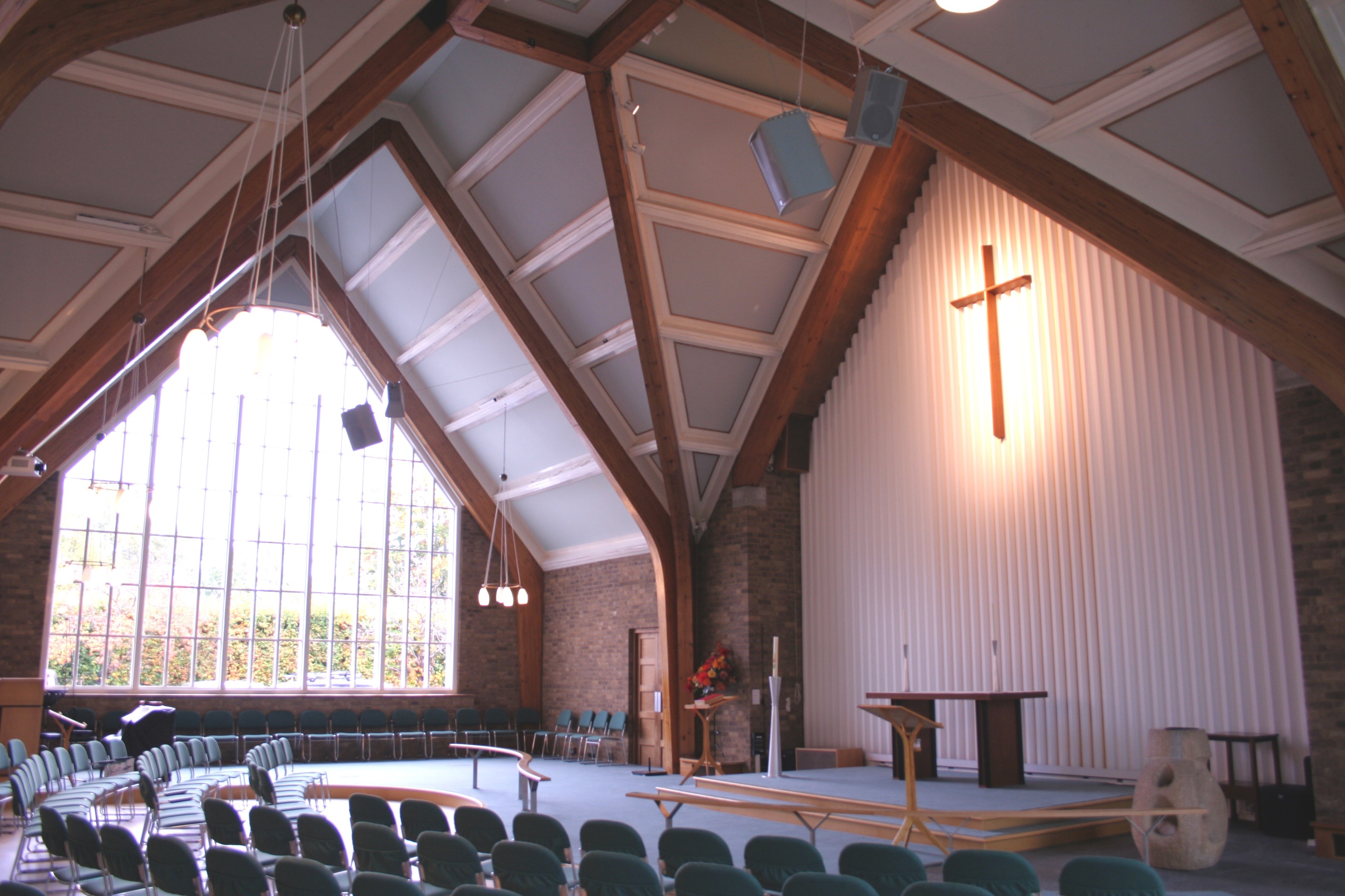 Audio Visual System For Surrey Church Newtech Southern Ltd